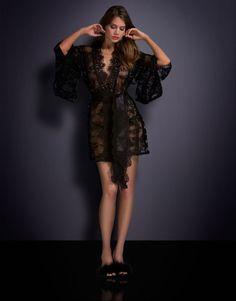 bcc1a0eae82d7 Cliquez sur la photo pour agrandir Luxury Nightwear