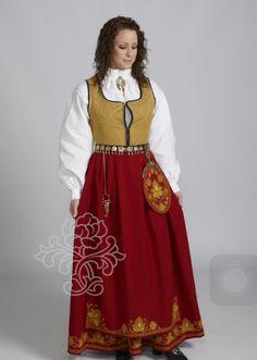 Romerike damebunad - BunadRosen AS Folk Costume, Costumes, High Neck Dress, Traditional, Live, Gull, Inspiration, Confirmation, Scandinavian