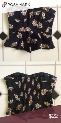 UO Peplum Crop Top Worn few times but still in great condition, there's a side zipper Urban Outfitters Tops Crop Tops