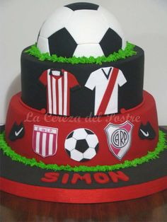 Amazing Futbol Cake  | CatchMyParty.com Birthday Parties, Birthday Cake, Cute Cakes, Sweet Recipes, Baby Shower, Nachos, Amazing, Desserts, Plates
