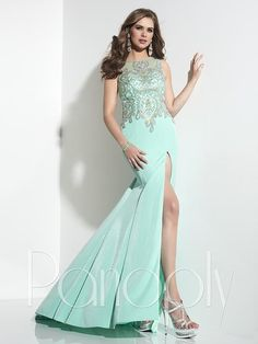 Panoply 14798 Bright, wonderful beadwork adorns this striking new gown in a new shimmering jersey fabric that hugs every curve of the body. The tank nec Green Formal Dresses, Black Prom Dresses, Long Dresses, Dress Long, Green Dress, Trumpet Gown, Trumpet Skirt, Panoply Dresses, Beautiful Evening Gowns