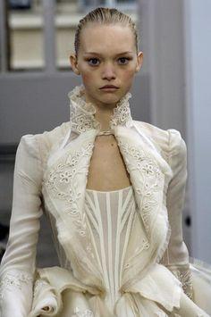 Balenciaga 2006 - another look