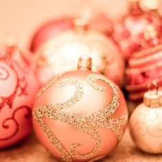 hmmm I may have a project to start. Digging the pink w/ gold glitter. My white Christmas tree needs. Pink Christmas Ornaments, Gold Christmas, Christmas Balls, Christmas Colors, All Things Christmas, Vintage Christmas, Christmas Holidays, Christmas Crafts, Christmas Decorations