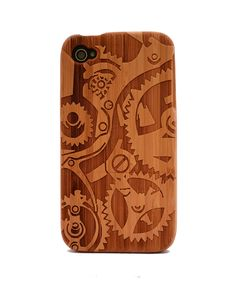 Gear Engraved Bamboo iPhone 4/4s Wood Case