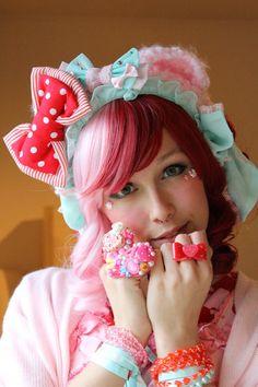 Lunie chan Kawaii Fashion, Lolita Fashion, Harajuku Fashion, Style Lolita, Pink Accessories, Sissy Boy, Inspiration Mode, Japanese Fashion, Magical Girl