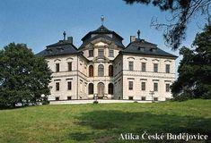 Karlova Koruna Castle House, European Countries, Famous Places, Places Of Interest, Palaces, Czech Republic, 17th Century, Enchanted, Beautiful Homes