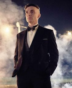 When Is 'Peaky Blinders' Season 6 Out? Rumours, Teasers, And Everything You Need To Know Peaky Blinders Tommy Shelby, Peaky Blinders Thomas, Cillian Murphy Peaky Blinders, Cillian Murphy Young, Cillian Murphy Wife, Peaky Blinders Poster, Peaky Blinders Season, Boardwalk Empire, Cillian Murphy Scarecrow