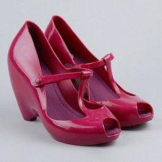 ayakkabilar-plastik