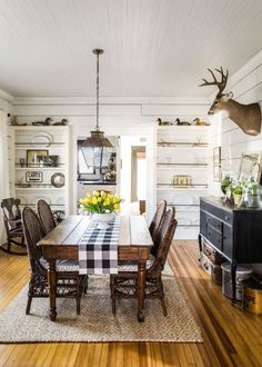 18 vintage decorating ideas from a 1934 farmhouse dining rooms rh pinterest com