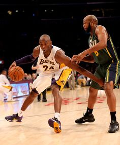 Every Sneaker Kobe Bryant Played In Dear Basketball, Basketball Legends, Nba Players, Basketball Players, Kobe Bryant Nba, Kobe Bryant Black Mamba, Kobe Shoes, Nba Champions, Sports Pictures