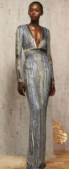 2019 The complete J. Mendel Pre-Fall 2019 fashion show now on Vogue Runway. Haute Couture Paris, Couture Fashion, Runway Fashion, Fashion Vestidos, Fashion Dresses, Woman Dresses, Look Fashion, Trendy Fashion, Fashion Design