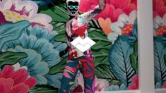 Artistic experience: dance or evolve in an immersive environment. Just unleash your creativity in a blooming way! #MarvelousDesigner, #MotionCapture, #ArnoldRender #3D R&D