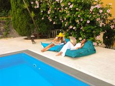 Great ideas for chairs by down the pool - fatboy bean bags