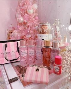 Pink Tumblr Aesthetic, Pink Aesthetic, Heart Shaped Diamond Ring, Perfume Display, Luxury Flowers, Everything Pink, Skin So Soft, Barbie, Look Fashion