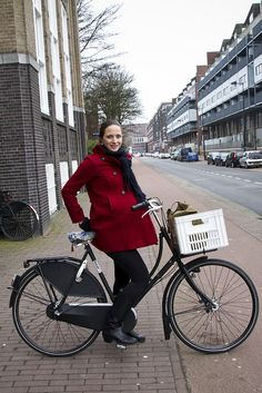 Amsterdam Cycle Chic by Mikael Colville-Andersen