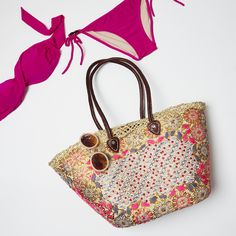 Betsy & Floss Casablanca beach bag -http://betsyandfloss.com/collections/beach-bags/products/the-casablanca