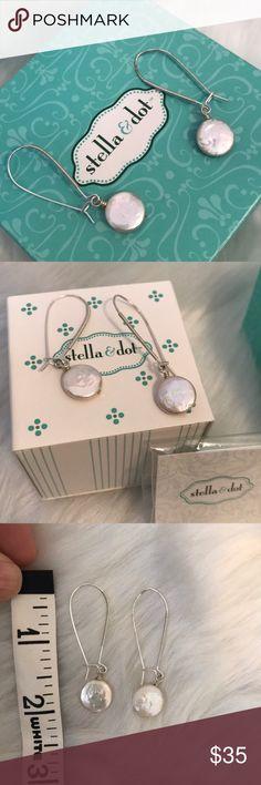 Stella & Dot Coin Pearl Earrings Beautiful fresh water pearl drop earrings. EUC comes with original box. Stella & Dot Jewelry Earrings