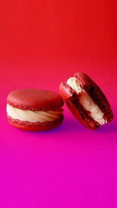 Recipe with video instructions: When you're craving just a little red velvet goodness, this sweet macaron will hit the spot. Ingredients: For the macaron shells:, 300 grams ground almonds, 300...