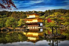 Golden Pavilion  by Jumrus Leartcharoenyong on 500px