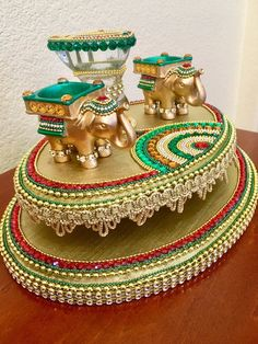 Designer packing on April 07 2020 Thali Decoration Ideas, Ganpati Decoration At Home, Diwali Decorations At Home, Wedding Decorations, Decor Wedding, Engagement Decorations, Housewarming Decorations, Wedding Art, Wedding Ideas