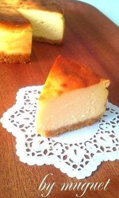 簡単!しっとり濃厚ベイクドチーズケーキ by muguet: [クックパッド] 簡単おいしいみんなのレシピが262万品