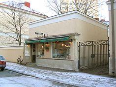 """Vohvelikahvila"" - Waffle Cafe Tampere, Finland - also vegan waffles available"