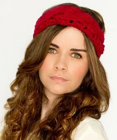 Chunky Cabled Headband, de Olivia Kent. http://www.ravelry.com/patterns/library/chunky-cabled-headband-2