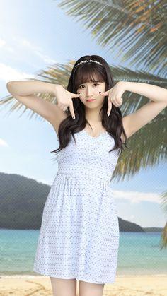 she got bangsss omg😻 Korean Girl, Asian Girl, Tzuyu And Sana, Gfriend Yuju, Sana Minatozaki, Twice Sana, Poses, Nayeon, Kpop Girls