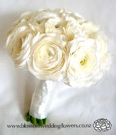 Another white ranunculus Bridal Bouquet - Wrapped with Orange Satin Ribbon & Diamond mesh would be to die for! Crazy Wedding, Red Wedding, Perfect Wedding, White Ranunculus, Wedding Table Flowers, Flower Bouquet Wedding, Informal Wedding Receptions, Bouquet Wrap, Wedding Bouquets
