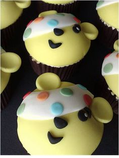 The Utterly Scrummy team made these Pudsey Cupcakes from Baking Mad, and have provided the recipe so everyone can make some, Hoorah! Cake Cookies, Cupcake Cakes, Cupcake Ideas, Food Cakes, Cup Cakes, Children In Need Cupcakes, Cake Decorating, Decorating Ideas, Cake Creations