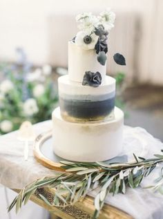 Jessica's Southern Wedding: The Cake