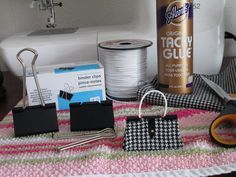 Binder clip purse tutorial. 1. Open the clip to insert handle. I tied a knot…