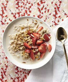 Overnight Oats With Strawberries and Toasted Almonds | It's a new way of eating an old favorite: soft, sweet, no-cook oats served straight from the fridge.
