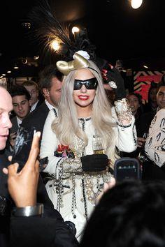 One of my hair bows falling off Gaga's head www.cottoncandysugarrush.com