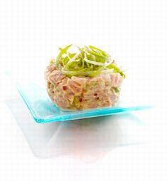 """tatar z makreli z awokado © JupiterImages - Tatar z makreli z awokado wg GESSLER """"Kuchenne rewolucje"""""""