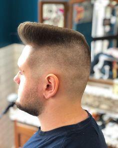 Funky Hairstyles, Cool Haircuts, Haircuts For Men, Flat Top Haircut, Fade Haircut, Summer Haircuts, Short Hair Cuts, Rockabilly, Man Cut
