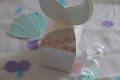 pochette à bonbons sirène Anniversaire sirène. #sirene #anniversairesirene #mermaidbirthday Carton Invitation, Atelier, Gummi Candy, Pouch Bag