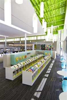 Engage and inspire your community with creative public library shelving solutions from Spacesaver. High-quality library shelving with custom designs and configurations. School Library Design, Kids Library, Modern Library, Elementary Library, Library Books, Library Ideas, Library Shelves, Library Displays, Ecole Bilingue