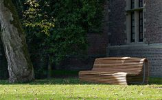 outdoor-bench-seating-wood-bb-italia-1.jpg
