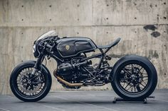This custom #RnineT by #RoughCrafts, AKA the #BavarianFistfighter, is all that & THEN SOME... http://news.boldride.com/2016/01/custom-bmw-r-ninet/98129/