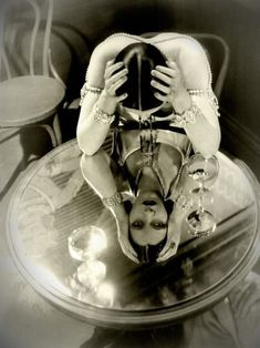 when your publicity stills look this good, why even shoot the movie? Kay Francis in 'Mandalay' Fotografia Retro, Kay Francis, Silent Film Stars, Mandalay, Mirror Image, Mirror Mirror, Mirror Ideas, Photomontage, Vintage Photographs