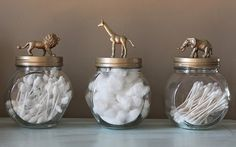 Easy, affordable and fun DIY toy animal jar tutorial! Easy and fun DIY toy animal storage jar tutorial. Raid your kid's toy box or your favorite dollar store and get your craft on! Jar Crafts, Home Crafts, Diy Home Decor, Soup Can Crafts, Decor Crafts, Room Decor, Bathroom Kids, Bathroom Storage, Bathroom Organization