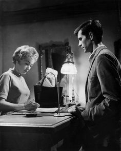 """Janet Leigh (Marion Crane) and Anthony Perkins (Norman Bates) in """"Psycho"""" (1960)"""