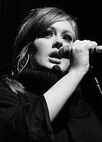 "md: Adele...""uma cantora, compositora e multi-instrume..."