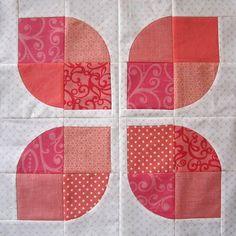 Drunkards path petal quilt