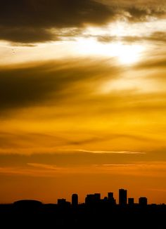 Phoenix, AZ (by Walter G. Arce)