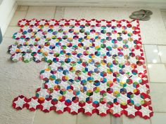 Love love love this quilt. Two's Company Quilt Bee: Jessica of Life Under Quilts