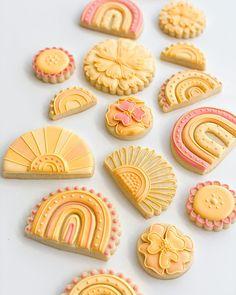 Rainbow Sugar Cookies, Best Sugar Cookies, Iced Cookies, Crazy Cookies, Cute Cookies, Summer Cookies, Cookies For Kids, Birthday Snacks, Cookie Crush