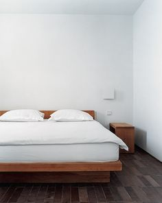 what platform bed is this?