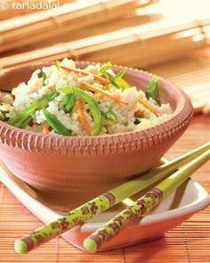 A variant of the popular fried rice, which is considered a trademark dish of chinese cuisine, this is a version that you can eat to your heart's content as kodri is much healthier than rice. With no compromise on the taste and experience, you can enjoy a healthy treat!